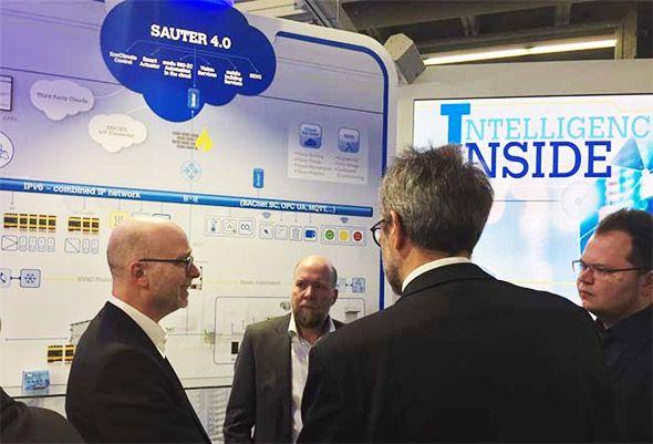 SAUTER 4.0 Intelligence Inside. Interessante Diskussionen, Eindrücke und Präsentationen im Bereich der Gebäudeautomation mit SAUTER.